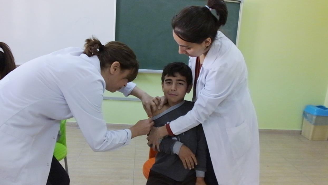 Çocuklar aşı oldu
