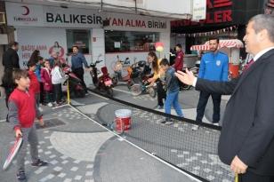 KARESİ'DE HER YER SPOR