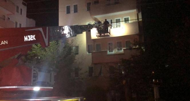 Binada korku dolu anlar! Vatandaşlar tahliye edildi