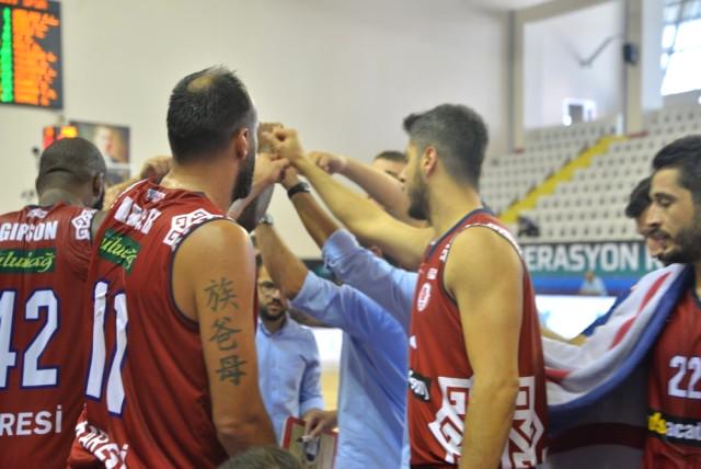 Karesispor un Rakibi Banvit Kırmızı