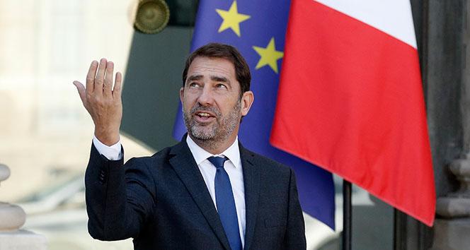 Macron hükumet partisinin başkanını İçişleri Bakanı olarak atadı