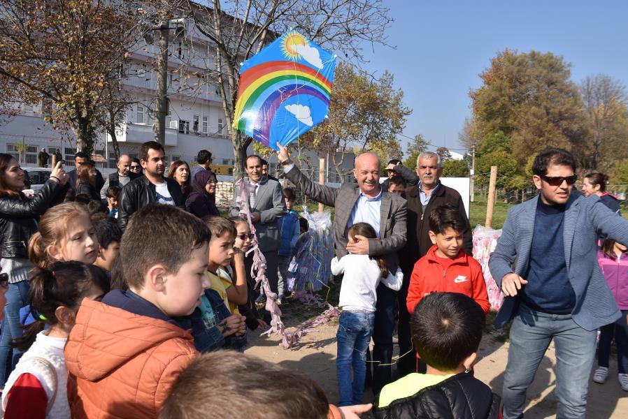 Dursunbey'de uçurtma şenliği