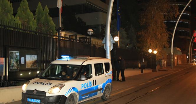 Avusturya Büyükelçiliği önünde silahla havaya ateş eden 2 kişi gözaltına alındı