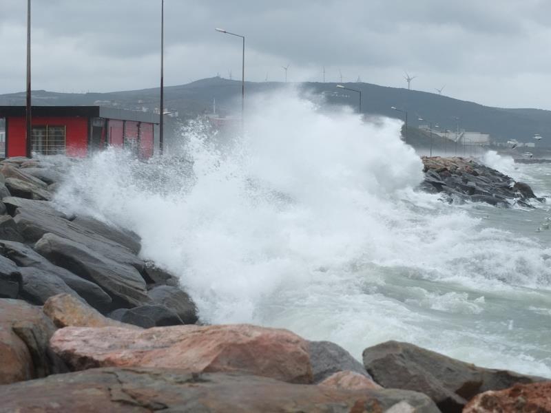 Bandırma Körfezi'nde fırtına