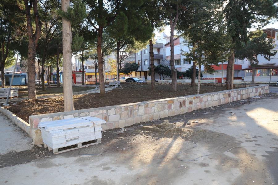 Burhaniye'de park sevinci