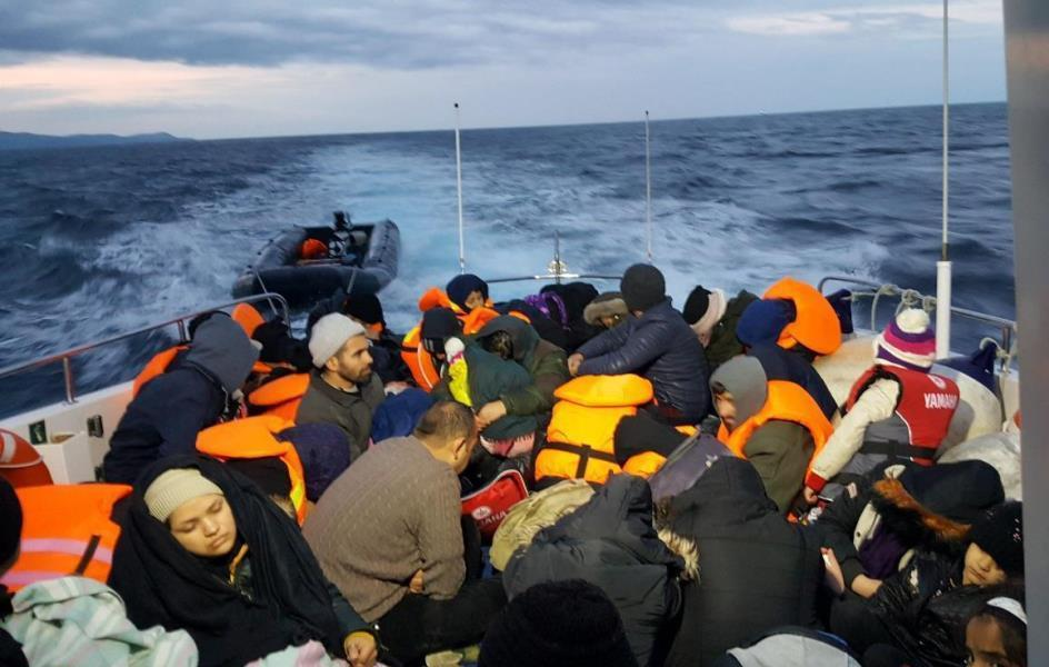Ege'de 25 bin düzensiz göçmen kurtarıldı