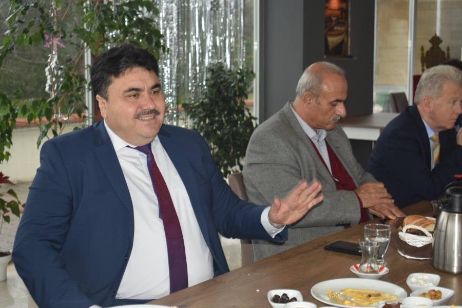Başkan Ersoy, gazeteciler ile bir araya geldi
