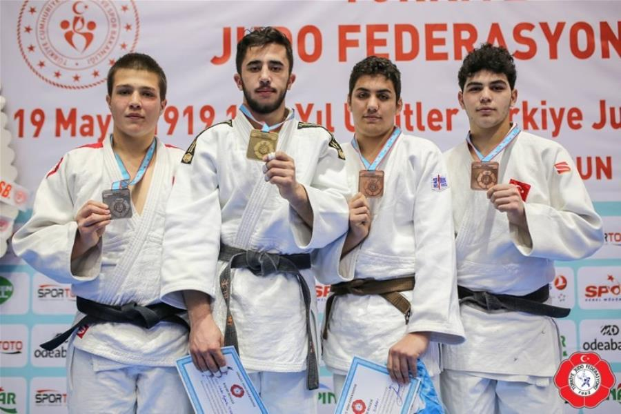 Balıkesirli judoculardan büyük başarı