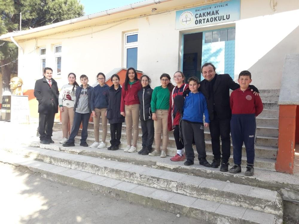 Mehmet Akif Ersoy Ortaokulu geleneği bozmadı