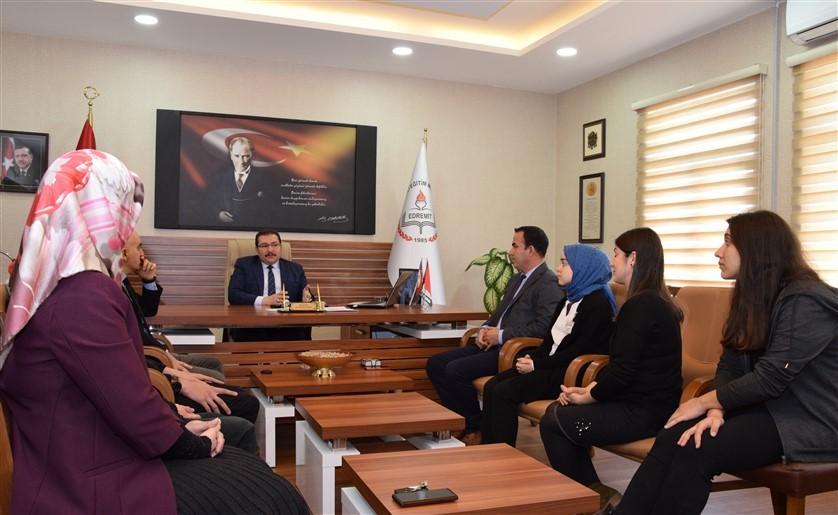 Edremit Milli Eğitim Müdürlüğü, TÜBİTAK Türkiye finalistlerini ödüllendirdi