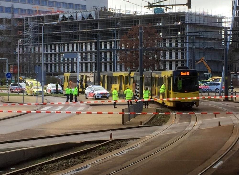 Hollanda'da silahlı saldırı Çok sayıda yaralı var