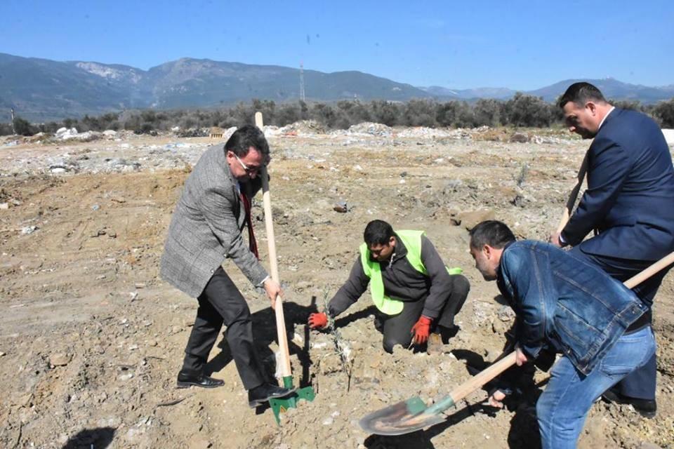 """Başkan Kamil Saka """"Daha yeşil bir Edremit için çalışıyoruz"""""""