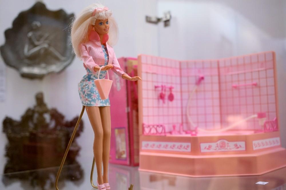 Barbi bebek bugün 60 yaşında ve hala en çok satan oyuncak
