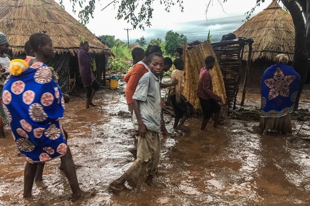 """Mozambik Devlet Başkanı """"Kasırgada ölü sayısı bini aşabilir"""""""