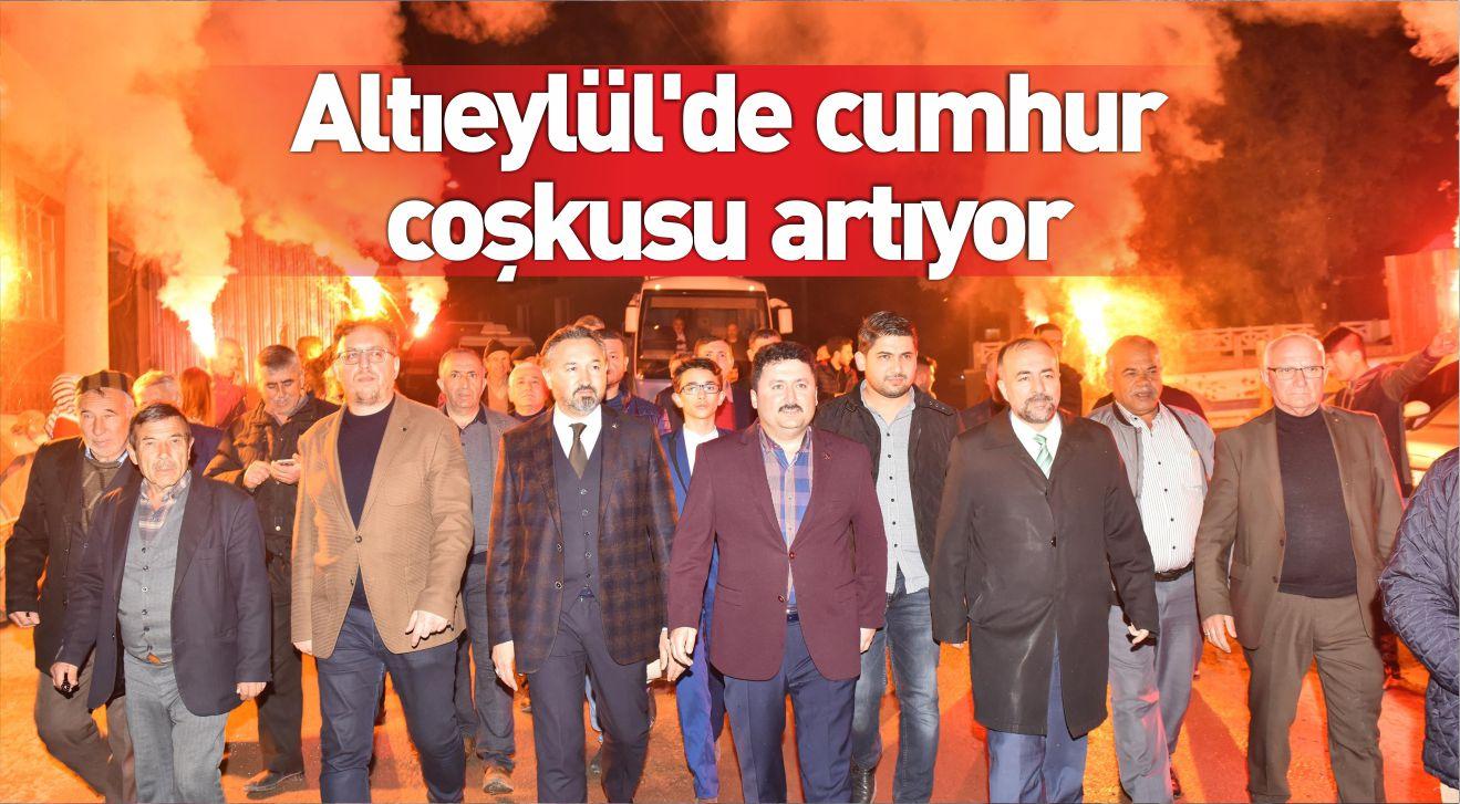 ALTIEYLÜL'DE CUMHUR COŞKUSU ARTIYOR