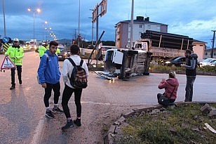 Bandırma'da trafik kazası 2 yaralı