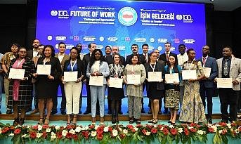 Memur-Sen'den 'İşin Geleceği Fırsatlar ve Tehditler Konferansı'