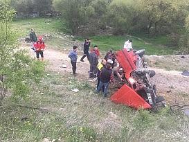 Kepsut yolundaki kazada iki kişi yaralandı