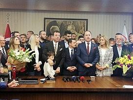 CHP İBB Başkan adayı İmamoğlu, Beylikdüzü'nde görevi devretti