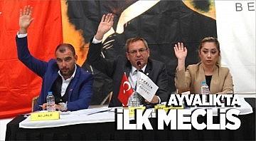 AYVALIK BELEDİYESİ'NDE İLK MECLİS