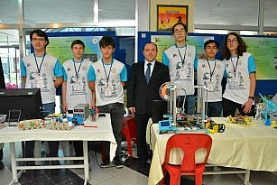 Fen Lisesi öğrencilerinden Bilim fuarı