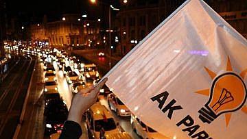 AK PARTİ 300 BİN SEÇMENİ İSTANBUL'A TAŞIYACAK