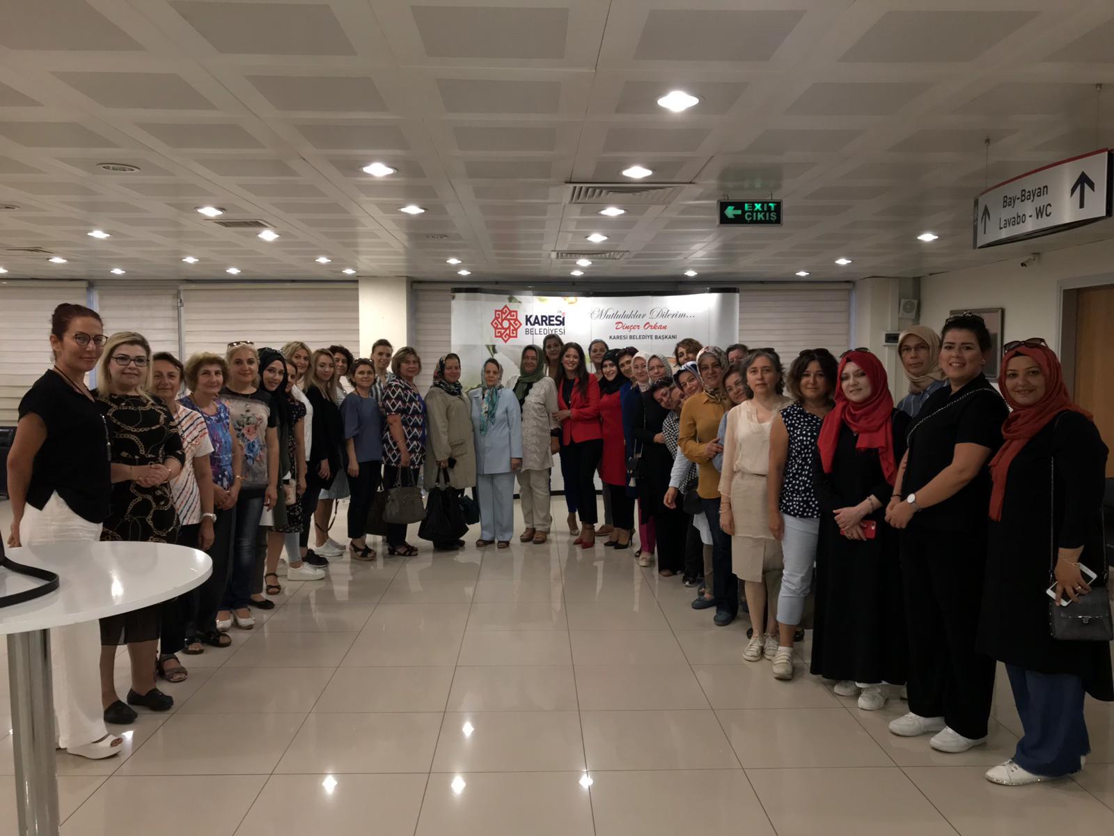 KARESİ KADIN MECLİSİ'NDE İLK TOPLANTI