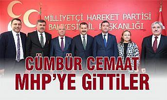 AK PARTİLİ BAŞKANLARIN MHP ÇIKARTMASI