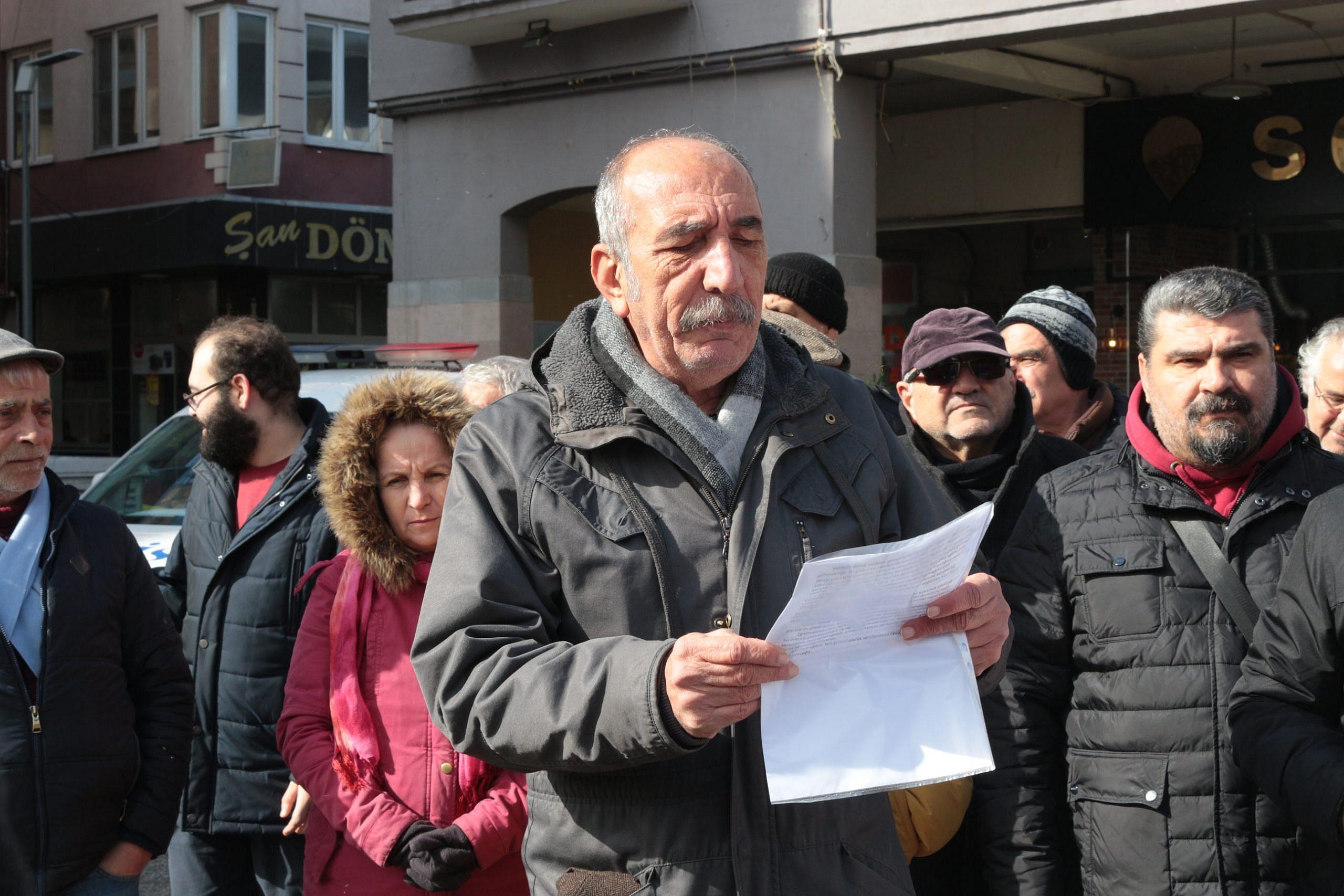 EĞİTİM-SEN OKUL YIKIM KARARLARINI PROTESTO ETTİ