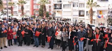 """""""KALBİMİZ VE DUALARIMIZLA KAHRAMAN ORDUMUZUN YANINDAYIZ"""""""