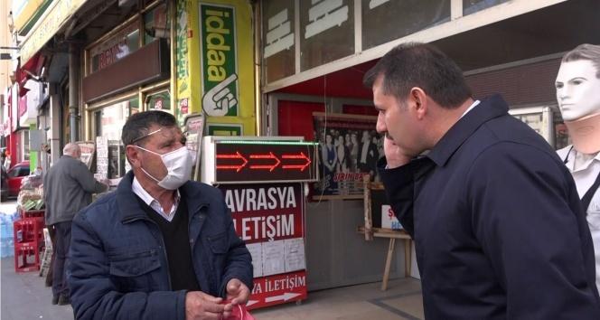 EVDEN ÇIKTI, VALİ'YE YAKALANDI!