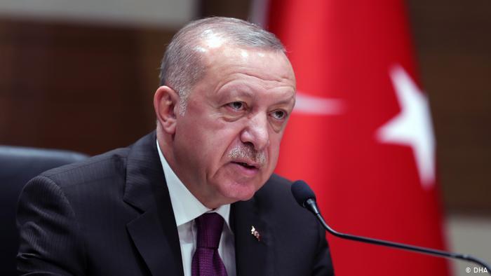 """""""CHP YÖNETİCİLERİ ZEVKTEN DÖRT KÖŞE OLDULAR"""""""