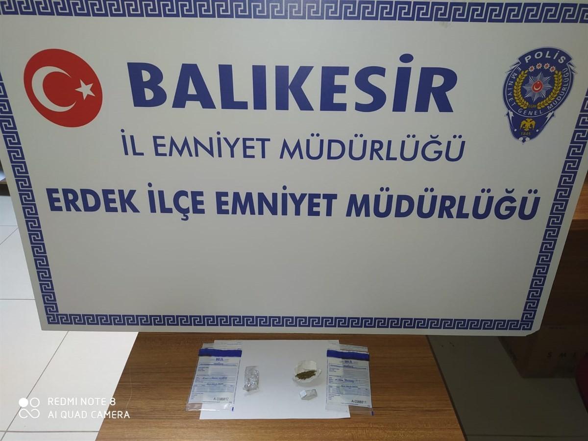 POLİS 5 UYUŞTURUCU TACİRİNİ YAKALADI