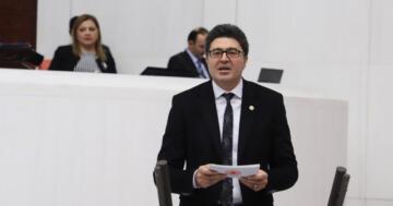 ENSAR AYTEKİN: AKP'NİN YOLU YOL DEĞİL