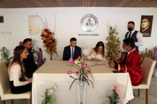 Öğretmenler, Öğretmenler Günü nde evlendi