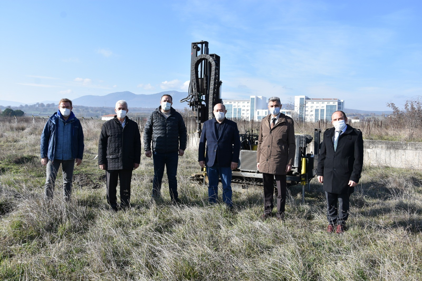 Gönen'de Fakülte inşaatı için sondaj çalışmaları