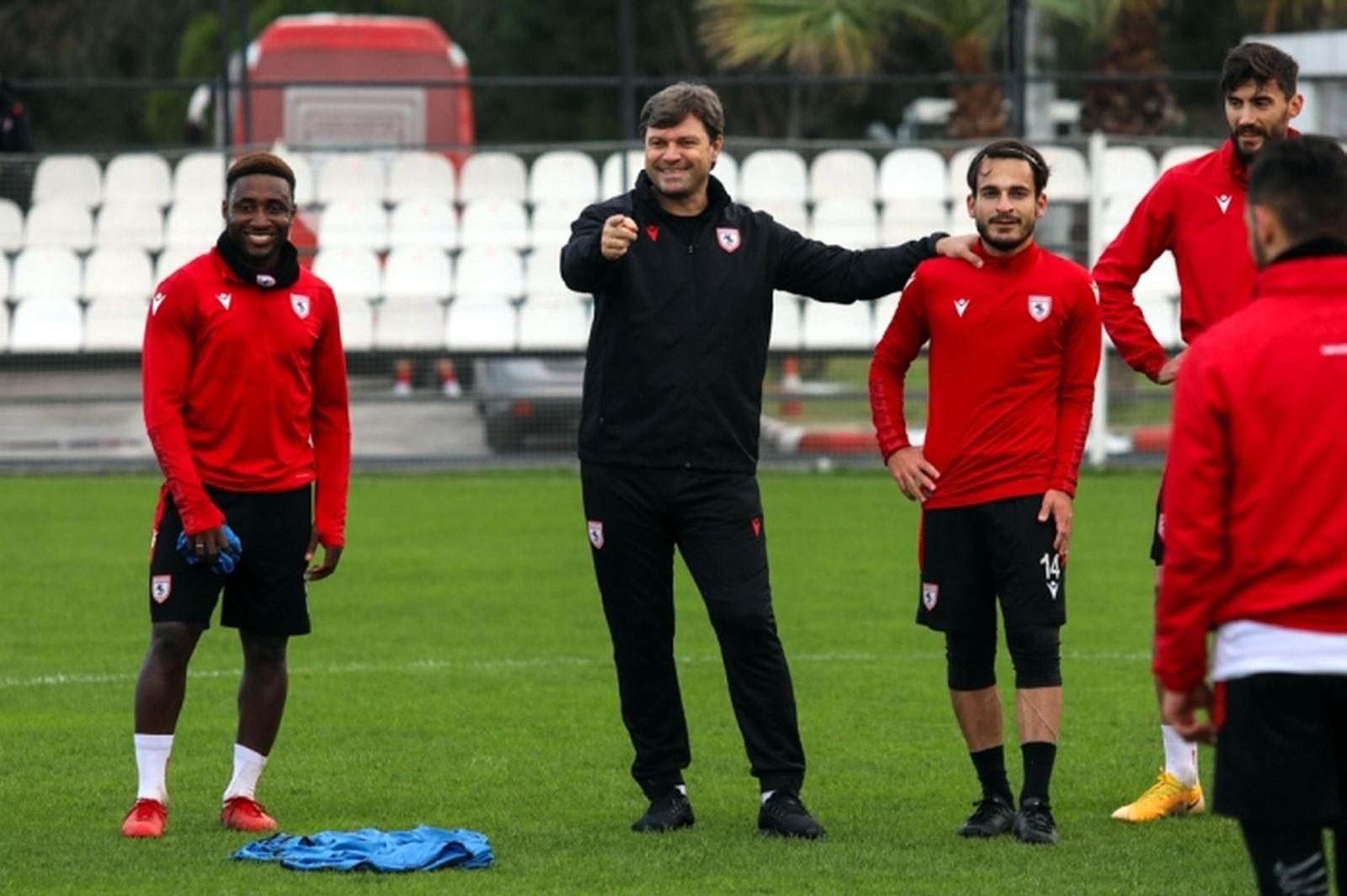 Samsunspor şampiyonluk hedefine kilitlendi