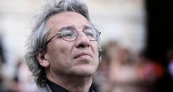 Can Dündar'a 27 yıl 6 ay hapis cezası verildi