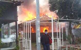 Erdek'te motel yangını