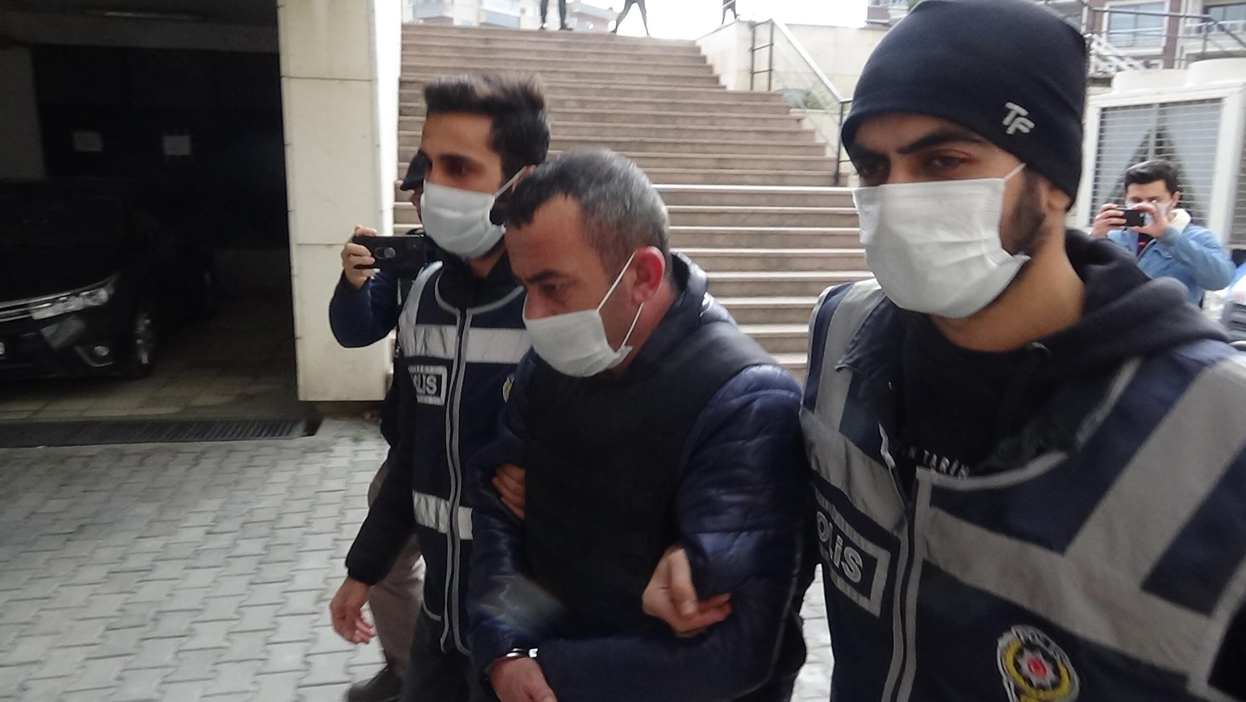 Edremit'te bir kadın cinayeti daha! Eşini tüfekle vurdu