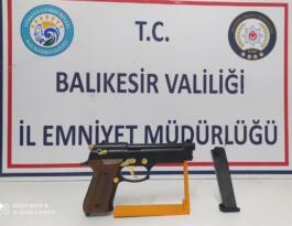 Polis Balıkesir'de aranan 20 kişiyi yakaladı