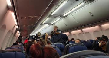 ABD'de bir yolcu uçakta Covid-19 nedeni ile hayatını kaybetti