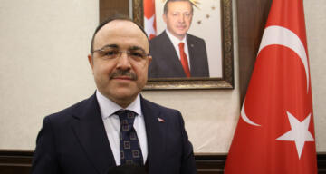 Elazığ Valisi Erkaya Yırık: 'Depremde şu ana kadar ciddi bir olumsuzluk yok'
