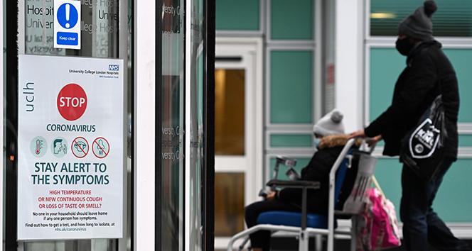 İngiltere'de son 24 saatte 53 bin 135 yeni vaka