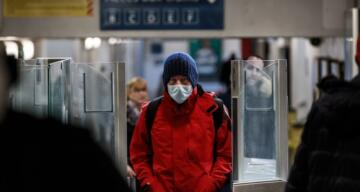 İngiltere'de son 24 saatte korona virüsten 574 ölüm