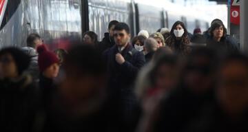 İtalya'da son 24 saatte korona virüsten 491 kişi öldü