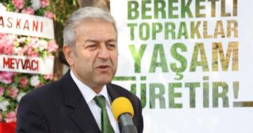 Korhan Yakut Balıkesir Lisesi Vakfı'nın Başkanı oldu