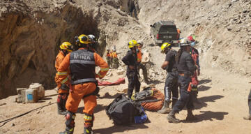 Şili'de iki madenci göçük altında kaldı