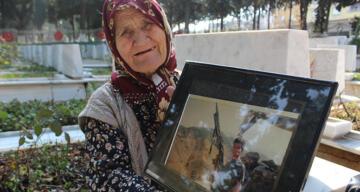 Alzaymır hastası şehit annesi her şeyi unuttu ama şehit oğlunu unutmadı