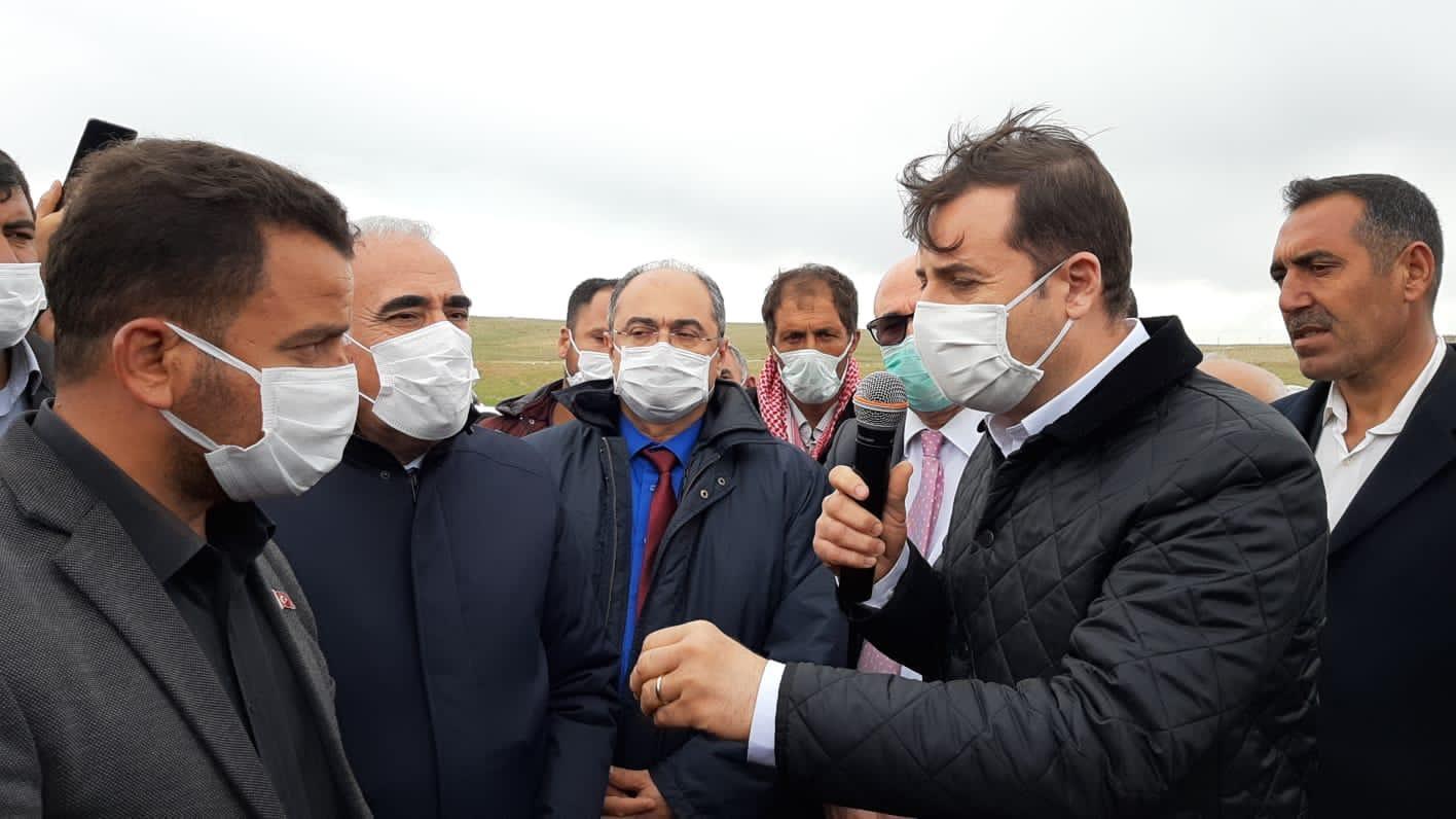 AHMET AKIN ŞANLIURFA'DA ÜRETİCİLERLE DERTLEŞTİ
